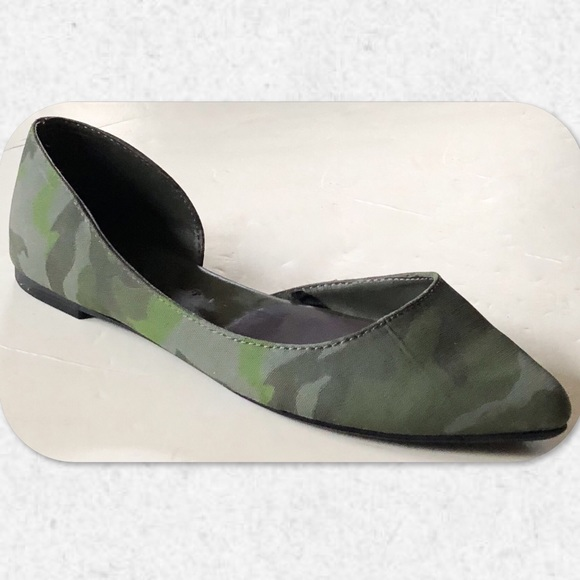 American Eagle Outfitters Shoes - AEO Camouflage D'Orsay Flats